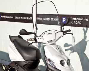 Windschild mit Halterung Universal für Roller Scooter Mofa Quad